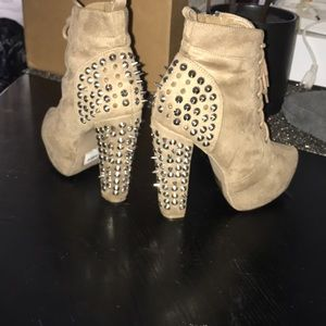 Shoes - not Jeffrey Campbell but same style